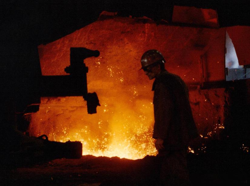 Rendre hommage aux anciens travailleurs des forges de Clabecq